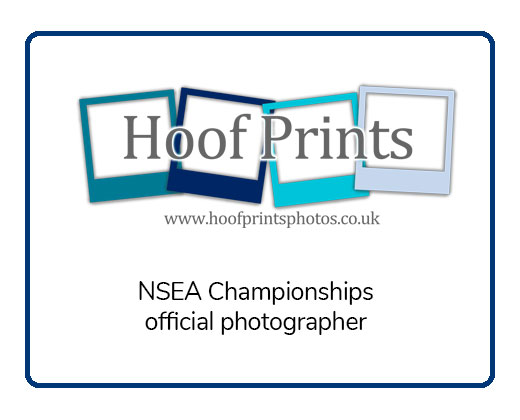 Hoofprints Photos